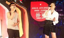 Pha Lê bất ngờ được nam sinh 'tỏ tình' trên sân khấu