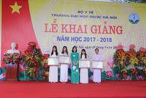 Trao học bổng Dạ Hương cho 4 nữ sinh ĐH Dược