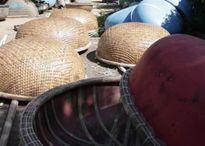 Nông dân đan thuyền thúng bán sang châu Âu