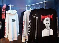 Những chiếc áo H&M cộp mác Bieber được fan Việt 'vơ nhanh vét sạch'