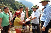 Hà Giang: Sạt lở đất vùi lấp một ngôi nhà, hai vợ chồng may mắn thoát nạn
