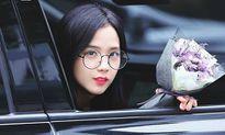 Nữ thần Ji Soo lần đầu đeo kính gọng tròn, gây xôn xao vì giống Irene