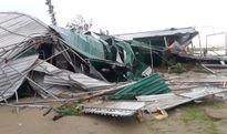 Nghệ An: Hàng quán, cây cối bị gãy đổ sau khi bão số 10 quần thảo nhiều giờ