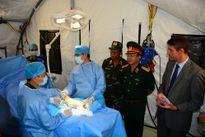 Huấn luyện thực hành trên bộ trang bị Bệnh viện dã chiến cấp 2