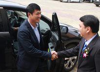 'HLV Hữu Thắng và VFF hãy bắt tay nhau như những người đàn ông'