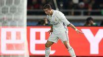 Zidane không thể chịu đựng thêm cảnh thiếu Ronaldo