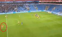 Chiêm ngưỡng 10 pha ghi bàn đẹp mắt của thủ môn từ sân nhà