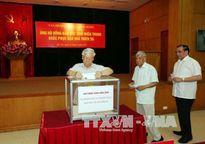Lãnh đạo Đảng, Nhà nước quyên góp ủng hộ đồng bào bị thiệt hại do bão số 10