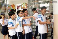 Trường đầu tiên điểm danh học sinh bằng thẻ từ gây sốt