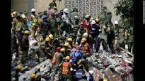 Mexico chạy đua tìm kiếm những người còn sống sau động đất