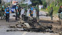Xe vướng bom, 4 binh sĩ Thái Lan thiệt mạng