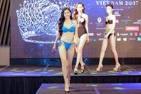Ứng viên 'Hoa hậu Đại dương 2017' khoe hình thể nóng bỏng với bikiki