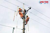 Hơn tuần sau bão, ngành điện Hà Tĩnh vẫn chưa có giờ thảnh thơi!