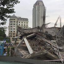 Hà Nội: Trường mầm non đang xây dựng bị đổ sập trong đêm