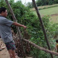 Nghệ An: Sạt lở nghiêm trọng sau bão, dân trắng đêm cầu nguyện