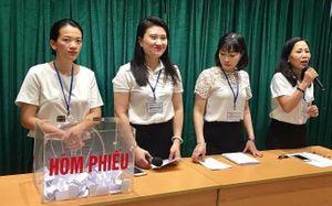 Trường học tổ chức bốc thăm để tuyển sinh