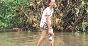 Clip: Người dân khốn khổ vì đường ở Hà Nội làm 10 năm chưa xong