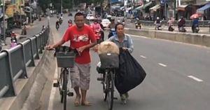 Người mẹ bất hạnh của cậu bé nhặt ve chai