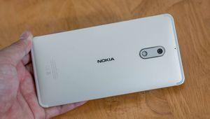 Mở hộp Nokia 6 chính hãng: thiết kế đẹp, Android gốc 7.1.1, giá 5,6 triệu