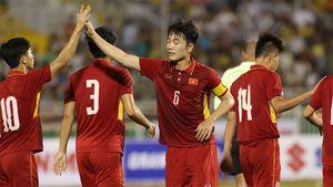 Vì sao Xuân Trường phải đá trọn trận đấu với Macau?