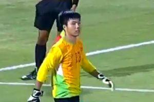 Xem 'Người hùng' Duy Dũng khuất phục Thái Lan, đoạt cúp cho U15 Việt Nam