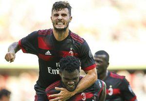 Leonardo Bonucci ra mắt, AC Milan thắng sốc Bayern Munich