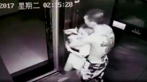 Thanh niên xăm trổ uy hiếp, sàm sỡ thiếu nữ tại thang máy