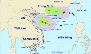 Bão số 3 suy yếu, áp thấp có thể mạnh lên thành bão trên Biển Đông