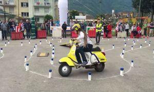 Thú vị cách thi bằng lái xe máy bên nước ngoài