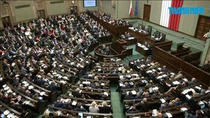 Ba Lan sẵn sàng phê chuẩn cải tổ tòa án tối cao