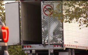 Mỹ phát hiện 8 người tử vong trong một xe tải lớn