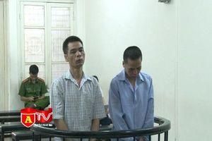 Nhận 5 triệu đồng để vận chuyển 200 triệu đồng tiền giả từ Trung Quốc về Việt Nam