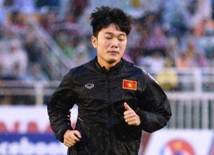 HLV Hải 'lơ' ám chỉ Hữu Thắng sai chiến thuật khi đấu Hàn Quốc