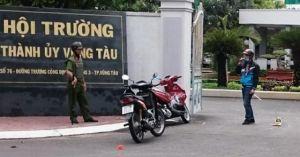 Thanh niên ném 'bom xăng' vào Hội trường Thành ủy Vũng Tàu