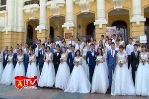 40 cặp uyên ương chụp ảnh cưới tập thể ở Hà Nội