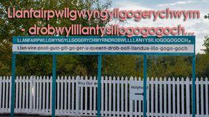 Thị trấn siêu dễ thương với tên dài không tưởng làm 'xoắn lưỡi' du khách