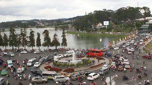Vì sao Đà Lạt - Thành phố duy nhất cả nước không có đèn xanh, đèn đỏ?