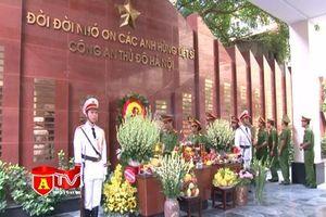 Phòng KTHS - CATP dâng hương tri ân các anh hùng liệt sỹ