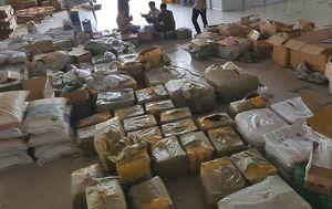 Bắt lô hàng Trung Quốc nhập lậu trị giá gần 1 tỷ đồng