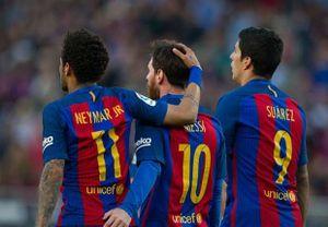 Neymar đánh bại Messi và Suarez khi so kĩ thuật