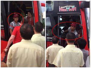 Sự thật đằng sau clip 2 nữ du khách nước ngoài tố cáo bị phụ xe ném đồ, đuổi xuống giữa đường
