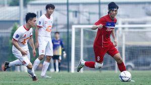 Tuấn Anh ngồi ghế dự bị trong cuộc đối đầu với ngôi sao K-League?