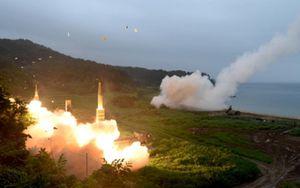 Cận cảnh cuộc tập trận phóng tên lửa đạn đạo của Mỹ - Hàn
