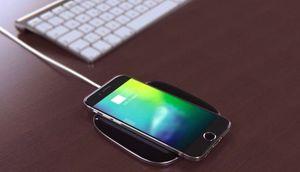 iPhone 8 bất ngờ xuất hiện tính năng sạc không dây