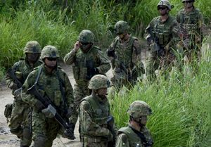 Mỹ - Nhật Bản tập trận bắn đạn thật ở đảo Hokkaido