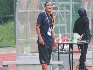 Tuyển nữ VN mở hàng SEA Games đại thắng, 'tướng' Chung vẫn chê