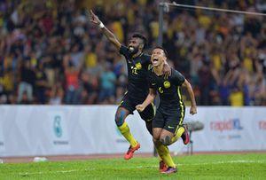 Clip U22 Malaysia 2-1 U22 Singapore: Chủ nhà lội ngược dòng bản lĩnh