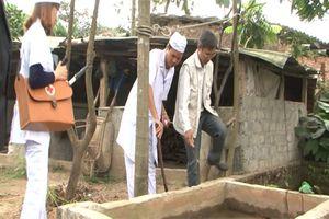 Hướng dẫn phát hiện, xử lý các dụng cụ chứa nước có bọ gậy và nguy cơ có bọ gậy của muỗi truyền sốt xuất huyết