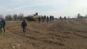 Tăng thiết giáp Syria ào ạt xung trận đánh dẹp phiến quân Mỹ chống lưng (video)