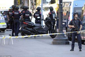 IS tấn công khủng bố liên tiếp ở Tây Ban Nha: 13 người chết, hàng trăm người bị thương